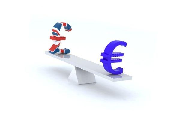 Libras y euros